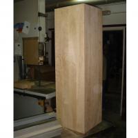 Bloque de madera de abedul para talla - Preparación de un bloque de madera de abedul para un trabajo de talla.