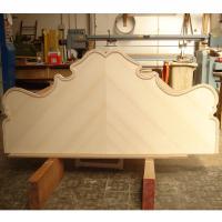 Cabecero de cama en fresno plumeado a 2 aguas - Fabricación de un cabecero de cama chapado en Fresno americano plumeado a 2 aguas.