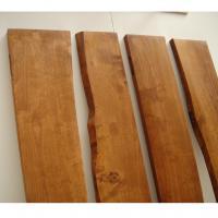 Baldas para pared en madera maciza de abedul - Fabricación de cuatro baldas en madera maciza de abedul, con mecanizado para herrajes y barnizado a muñequilla